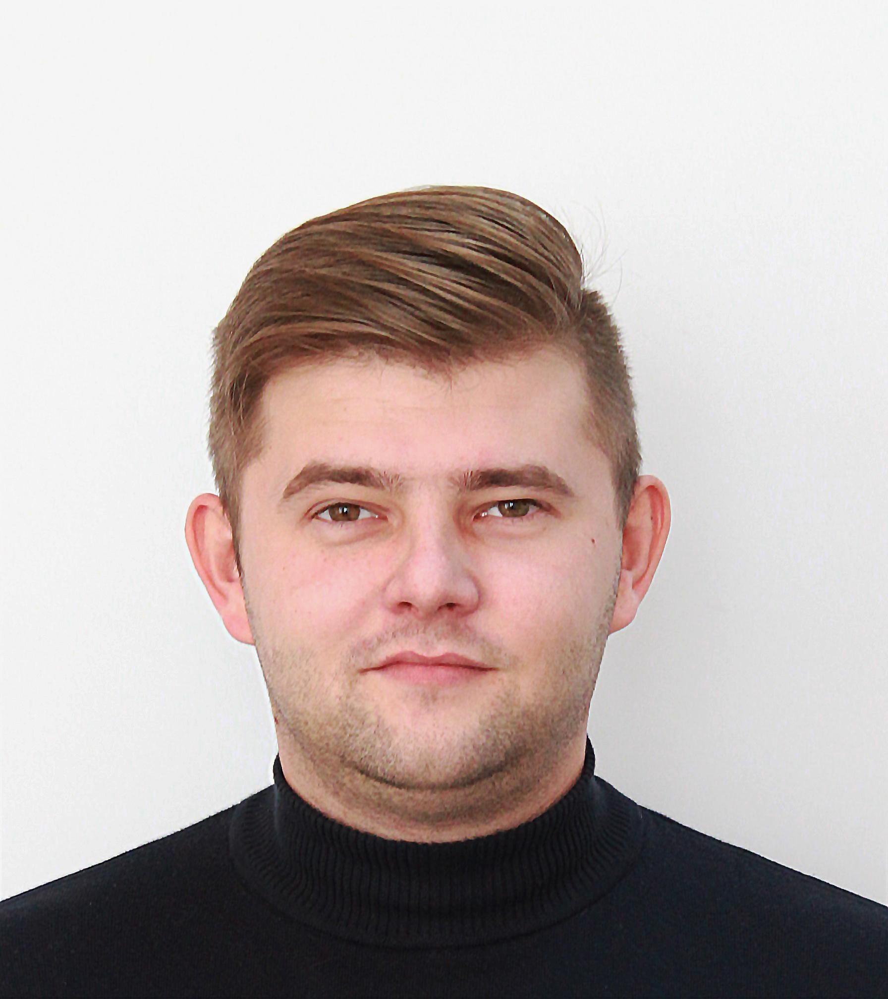 Дмитрий Хорошилов